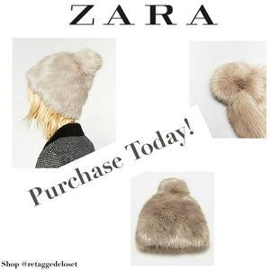 NWOT Zara Faux Fur Pom Pom Hat